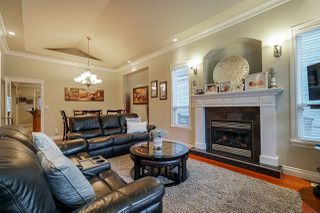 """Photo 3: 6188 164 Street in Surrey: Cloverdale BC House for sale in """"CLOVER RIDGE"""" (Cloverdale)  : MLS®# R2432197"""