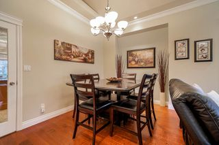 """Photo 5: 6188 164 Street in Surrey: Cloverdale BC House for sale in """"CLOVER RIDGE"""" (Cloverdale)  : MLS®# R2432197"""