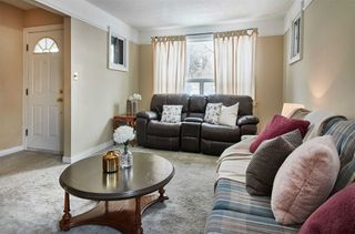 Photo 3: 283 St. Eloi Avenue in Oshawa: Central House (Bungalow) for sale : MLS®# E4691261