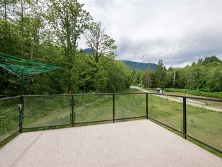 """Photo 27: 1900 PORT MELLON Highway in Gibsons: Gibsons & Area House for sale in """"Williamsons Landing"""" (Sunshine Coast)  : MLS®# R2447913"""