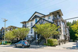 """Photo 2: 208 5474 198 Street in Langley: Langley City Condo for sale in """"Southbrook"""" : MLS®# R2476542"""