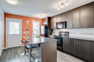 Photo 11: 420 MCKENZIE TOWNE Close SE in Calgary: McKenzie Towne Row/Townhouse for sale : MLS®# A1015085
