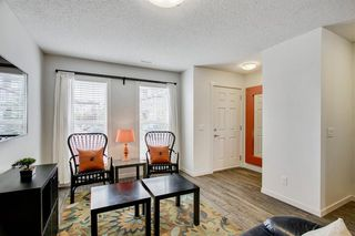 Photo 5: 420 MCKENZIE TOWNE Close SE in Calgary: McKenzie Towne Row/Townhouse for sale : MLS®# A1015085