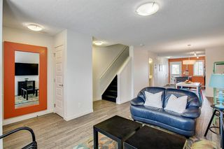 Photo 4: 420 MCKENZIE TOWNE Close SE in Calgary: McKenzie Towne Row/Townhouse for sale : MLS®# A1015085