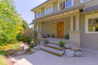 """Photo 3: 3528 CREERY Avenue in West Vancouver: West Bay House for sale in """"West Bay Catchment"""" : MLS®# R2485202"""