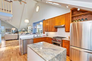 Photo 9: 4 76 moss St in : Vi Fairfield West Row/Townhouse for sale (Victoria)  : MLS®# 859280