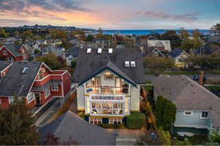 Photo 3: 4 76 moss St in : Vi Fairfield West Row/Townhouse for sale (Victoria)  : MLS®# 859280