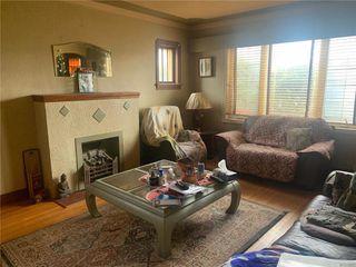 Photo 3: 395 Inkster Boulevard in Winnipeg: West Kildonan Residential for sale (4D)  : MLS®# 202027526
