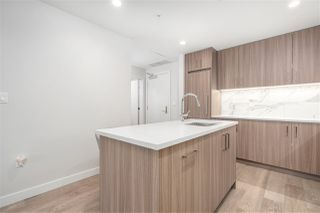 """Photo 8: 302 528 W KING EDWARD Avenue in Vancouver: South Cambie Condo for sale in """"CAMBIE & KING EDWARD"""" (Vancouver West)  : MLS®# R2527649"""