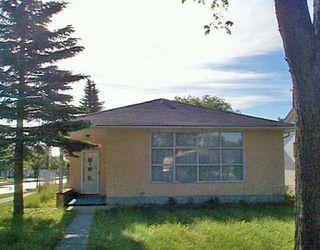 Photo 1: 748 OAK Street in Winnipeg: River Heights / Tuxedo / Linden Woods Single Family Detached for sale (South Winnipeg)  : MLS®# 2509883