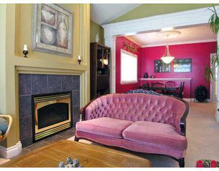 """Photo 14: 14730 31ST Avenue in White_Rock: Elgin Chantrell House for sale in """"HERITAGE TRAILS"""" (South Surrey White Rock)  : MLS®# F2717099"""