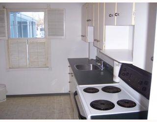 Photo 3: 111 638 kenaston Boulevard in WINNIPEG: River Heights / Tuxedo / Linden Woods Condominium for sale (South Winnipeg)  : MLS®# 2800444