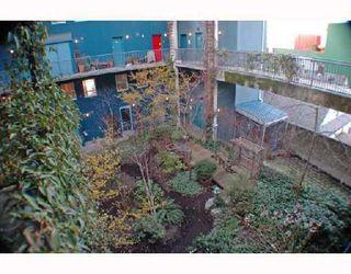 "Photo 10: 205 228 E 4TH Avenue in Vancouver: Mount Pleasant VE Condo for sale in ""THE WATERSHED"" (Vancouver East)  : MLS®# V705799"
