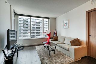Photo 10: 1018 68 SMITHE Street in Vancouver: Downtown VW Condo for sale (Vancouver West)  : MLS®# R2391666