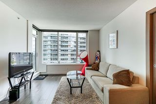 Photo 9: 1018 68 SMITHE Street in Vancouver: Downtown VW Condo for sale (Vancouver West)  : MLS®# R2391666