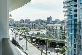 Photo 18: 1018 68 SMITHE Street in Vancouver: Downtown VW Condo for sale (Vancouver West)  : MLS®# R2391666