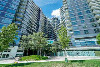 Photo 2: 1018 68 SMITHE Street in Vancouver: Downtown VW Condo for sale (Vancouver West)  : MLS®# R2391666