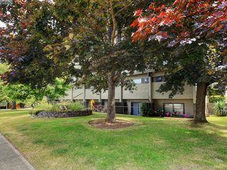 Photo 1: 41 477 Lampson Street in VICTORIA: Es Old Esquimalt Condo Apartment for sale (Esquimalt)  : MLS®# 414630