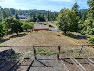 Photo 25: 922 Latoria Rd in VICTORIA: La Olympic View Single Family Detached for sale (Langford)  : MLS®# 823332