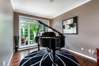 Photo 8: 1330 119B Street in Edmonton: Zone 16 House Half Duplex for sale : MLS®# E4171498