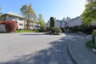 "Photo 1: 415 6735 STATION HILL Court in Burnaby: South Slope Condo for sale in ""COURTYARDS"" (Burnaby South)  : MLS®# R2450864"
