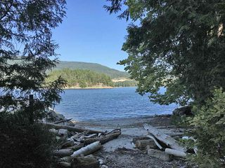 """Photo 9: 6077 ROSEWOOD Place in Sechelt: Sechelt District House for sale in """"THE WOODLANDS"""" (Sunshine Coast)  : MLS®# R2452206"""