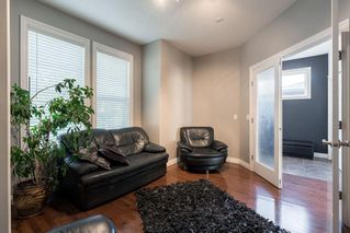 Photo 3: 1031 16A Street NE in Calgary: Mayland Heights Semi Detached for sale : MLS®# C4300132