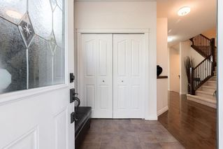 Photo 2: 1031 16A Street NE in Calgary: Mayland Heights Semi Detached for sale : MLS®# C4300132