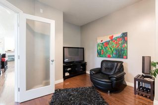 Photo 4: 1031 16A Street NE in Calgary: Mayland Heights Semi Detached for sale : MLS®# C4300132