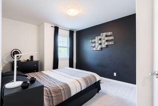 Photo 18: 1031 16A Street NE in Calgary: Mayland Heights Semi Detached for sale : MLS®# C4300132