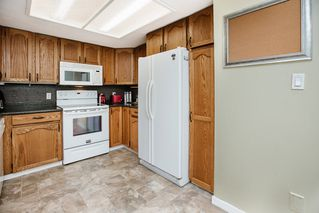 """Photo 13: 49 22308 124 Avenue in Maple Ridge: West Central Townhouse for sale in """"BRANDY WYND ESTATES"""" : MLS®# R2494203"""
