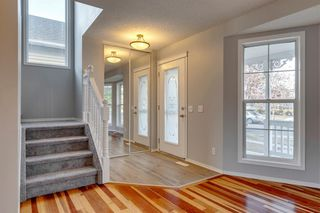 Photo 3: 83 Inverness Gardens SE in Calgary: McKenzie Towne Detached for sale : MLS®# A1041548