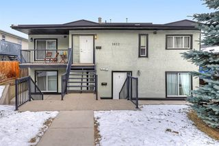 Main Photo: 2 1622 28 Avenue SW in Calgary: South Calgary Apartment for sale : MLS®# A1055398
