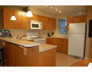 """Photo 2: 214 2432 WELCHER Ave in Port Coquitlam: Central Pt Coquitlam Condo for sale in """"GARDENIA AT GATES PARK"""" : MLS®# V643800"""