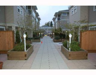 """Photo 9: 214 2432 WELCHER Ave in Port Coquitlam: Central Pt Coquitlam Condo for sale in """"GARDENIA AT GATES PARK"""" : MLS®# V643800"""