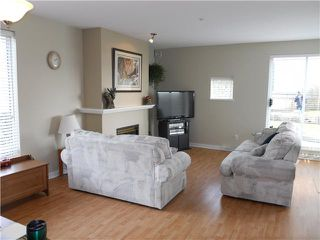 "Photo 5: # 110 2080 E KENT AV in Vancouver: Fraserview VE Condo for sale in ""TUGBOAT LANDING"" (Vancouver East)  : MLS®# V873646"