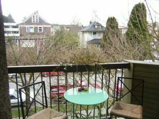 "Photo 4: 314 2150 BRUNSWICK ST in Vancouver: Mount Pleasant VE Condo for sale in ""MT. PLEASANT PLACE"" (Vancouver East)  : MLS®# V581405"