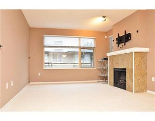 Photo 2:  in Port Moody: House for sale : MLS®# V908285