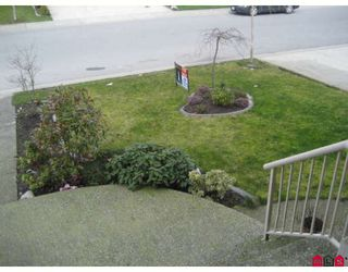 "Photo 3: 31466 LEGACY Court in Abbotsford: Abbotsford West House for sale in ""Blueridge & Fieldgate"" : MLS®# F2814008"