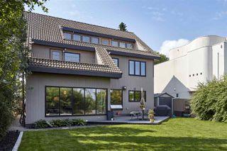 Photo 3: 9650 95 Avenue in Edmonton: Zone 18 House for sale : MLS®# E4166117