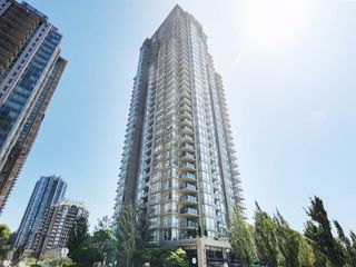 "Photo 1: 3103 2980 ATLANTIC Avenue in Coquitlam: North Coquitlam Condo for sale in ""LEVO"" : MLS®# R2391762"