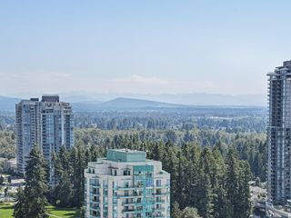"Photo 17: 3103 2980 ATLANTIC Avenue in Coquitlam: North Coquitlam Condo for sale in ""LEVO"" : MLS®# R2391762"