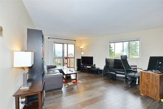 Photo 2: 6 636 E 8TH Avenue in Vancouver: Mount Pleasant VE Condo for sale (Vancouver East)  : MLS®# R2395289