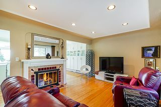 Photo 2: 7255 BARNET Road in Burnaby: Westridge BN House for sale (Burnaby North)  : MLS®# R2402555