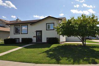Main Photo: 8717 102 Avenue: Morinville House for sale : MLS®# E4208915