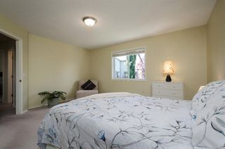 Photo 17: 85 STRATHRIDGE Close SW in Calgary: Strathcona Park Detached for sale : MLS®# A1019965