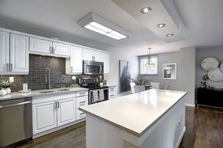 Photo 3: 202 616 15 Avenue SW in Calgary: Beltline Apartment for sale : MLS®# A1013715