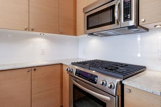 "Photo 6: 1803 110 BREW Street in Port Moody: Port Moody Centre Condo for sale in ""ARIA 1"" : MLS®# R2492572"
