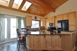 Photo 7: 101 Vista Crescent: Rural Vulcan County Detached for sale : MLS®# A1043038