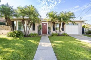 Photo 1: POINT LOMA House for sale : 2 bedrooms : 3420 Wisteria Dr in San Diego